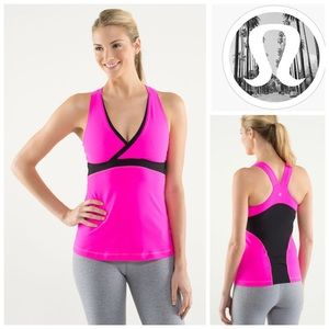 💕 Lululemon Deep V Athletic Tank Raspberry Black